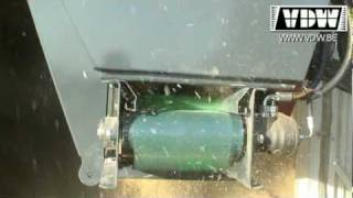 getlinkyoutube.com-Zaagselverdeler sawdust spreader
