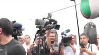 Juan Manuel Márquez da cátedra de como pegarle a la pera
