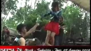 getlinkyoutube.com-Haruskah Berakhir -- Monata Live In Misik 2014