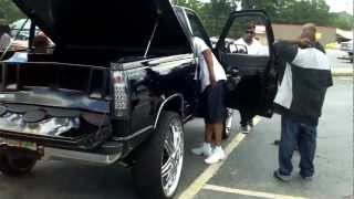getlinkyoutube.com-Chevy Silverado - KOB Kustoms 4 15's Blow Through