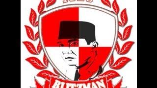 getlinkyoutube.com-BLITZMAN bernyanyi bersama BONEK SAKERA SUROPATI at PASURUAN (Persekap Pasuruan vs PSBI Blitar)