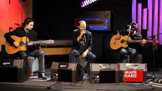 Badem – Avunurum Ben  şarkısı dinle