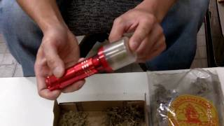 getlinkyoutube.com-Partible Electric Automatic Herb Tobacco Spice Grinder
