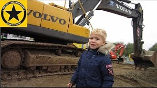 getlinkyoutube.com-VOLVO 360 Jack(3) operates heavy duty EXCAVATOR!
