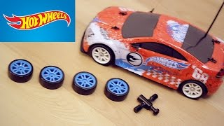 getlinkyoutube.com-Hot Wheels radiocomandata Drift Car ruote intercambiabili