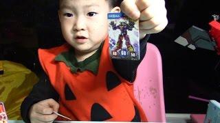 getlinkyoutube.com-터닝메카드 그리핑크스 홀로그램 카드찾기 2편 FINDING RARE MECARDS PART II!