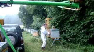 getlinkyoutube.com-Transhumance Criquet palettes de 3 ruches