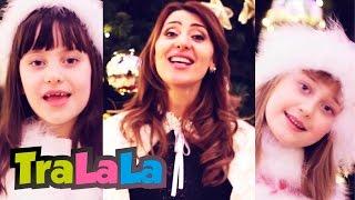 getlinkyoutube.com-Moș Crăciun - Aura, Lori si Beti - Cântece de iarnă pentru copii | TraLaLa