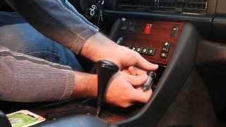 getlinkyoutube.com-GenII W126 Mercedes center console backlight bulb replacement