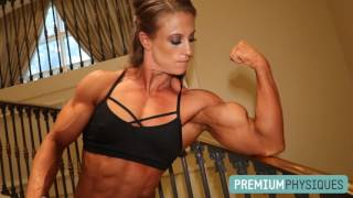 Massive HUGE Girl Biceps - PremiumPhysiques.com Alli Schmohl