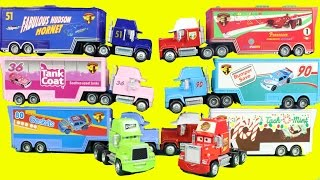 getlinkyoutube.com-Disney Cars Lightning McQueen & Mater Go To The Worlds Largest Hauler Semi Truck Parade Collection