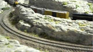 getlinkyoutube.com-3 x 5 ft. N Scale Train Layout