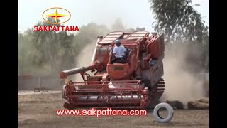 getlinkyoutube.com-รถเกี่ยวข้าวศักดิ์พัฒนา  แข็งแกร่ง คุ้มค่า น่าใช้ /Sakpattana Combine Harvester worthy to use.