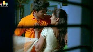 Guntur Talkies Movie Scenes | Naresh and Siddu Robbery | Sri Balaji Video