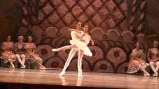 getlinkyoutube.com-BALLET CLÁSICO DE MOSCÚ, EL CASCANUECES: Paso a Dos del 2 acto.