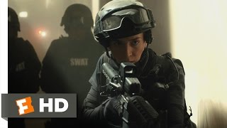 Sicario (1/11) Movie CLIP - A Horrifying Discovery (2015) HD width=
