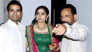 getlinkyoutube.com-Celebrities At Samvritha Suni's Wedding Reception