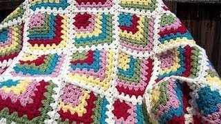 Granny Square Crochet | طريقة عمل مربعات الكروشيه تبدأ من الزاويه | نسيم الوادي