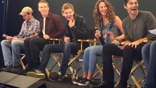 getlinkyoutube.com-The Maze Runner Cast Interview with Will Poulter, Kaya Scodelario, Thomas Sangster, Dylan O'Brien