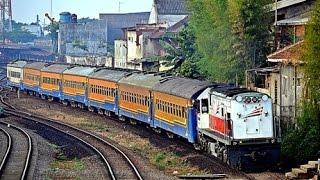 getlinkyoutube.com-Railway Kereta Api : KA Penataran hampir menabrak orang ketika akan masuk Stasiun Malang
