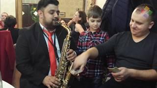 getlinkyoutube.com-7 martie 2015 Restaurant Royal Roman- formatia Ambiance si Florin Andronic (filmat cu telefonul)