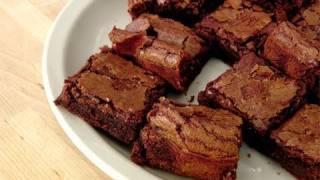 getlinkyoutube.com-How to Make Fudgy Brownies - Recipe by Laura Vitale - Laura in the Kitchen Episode 111
