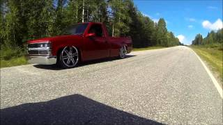 getlinkyoutube.com-Chevy C1500 Bagged on 22s - Just Cruising with alternative music