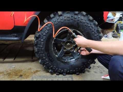 Компрессор кондиционера для накачки колес