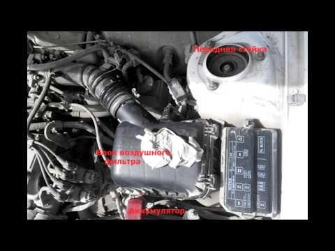 Замена воздушного фильтра в Тойота Королла