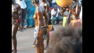 CARNAVAL GUINEE BISSAU 2013,  SPECTACLE DE NUDITE