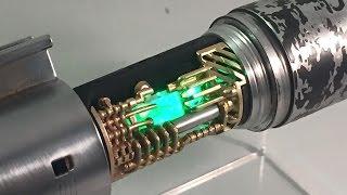 getlinkyoutube.com-SolosHold Luke Skywalker ROTJ V2 Custom Star Wars FX Lightsaber Crystal Reveal CF7.5