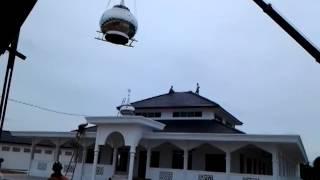Penaikan kubah masjid taman asean melaka