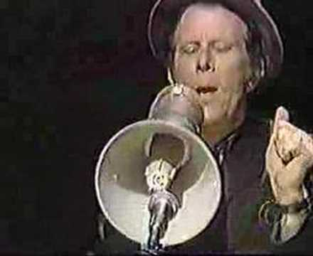 Tom Waits - Chocolate Jesus (live David Letterman)