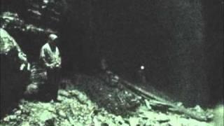 getlinkyoutube.com-Interior de la Cueva de los Tayos - Misión Rahma Ecuador