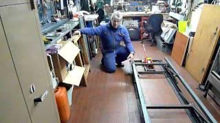 getlinkyoutube.com-Ponte sollevatore per moto di grossa cilindrata - lavoro in corso