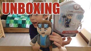 getlinkyoutube.com-Unboxing: Tube Heroes - it's DanTDM + MORE!!