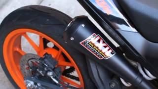 getlinkyoutube.com-KTM Duke 390 with IXIL Dual Underseat slip-on exhaust system BLACK