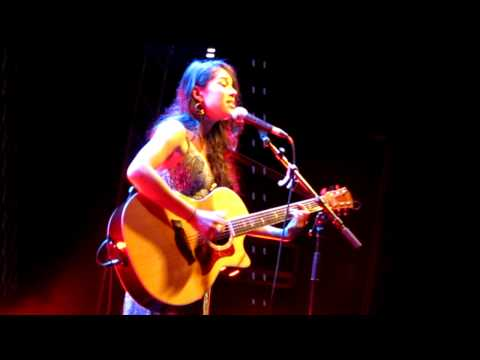 Kina Grannis 14.10.11 - Oops I Did It Again (Cover) (Live in Berlin)