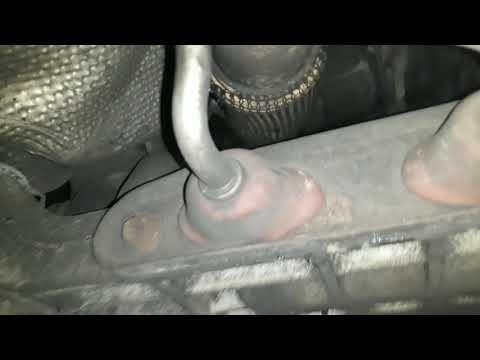 Где находятся у Skoda Octavia A7 направляющие втулки клапанов