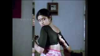 getlinkyoutube.com-Sridevi removing her blouse and showing her mole and white bra