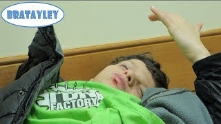 getlinkyoutube.com-Caleb Busted His Lip Open! (WK 164.7) | Bratayley