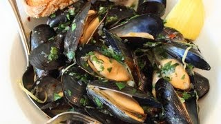 getlinkyoutube.com-Drunken Mussels Recipe - Mussels Steamed in a Garlic, Lemon & Wine Broth