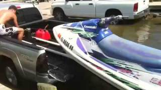 getlinkyoutube.com-Launching JetSki from Truck Bed