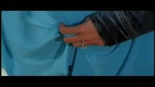 Tia Carrere kiss in Dark Honeymoon
