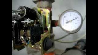 getlinkyoutube.com-Hidrosfera o tanque hidroneumático, Regulación de presión, Mínima y Máxima.