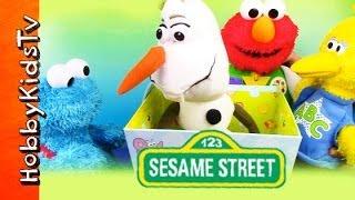 getlinkyoutube.com-Box Battle! Elmo Cookie Monster Big Bird Olaf Learn to Share  Sesame Street Frozen by HobbyKidsTV