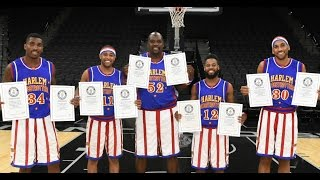 getlinkyoutube.com-Harlem Globetrotters Set 9 Guinness World Records!