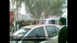 getlinkyoutube.com-Street fight in Agra, UP, India, city of the Taj Mahal