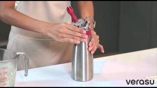 getlinkyoutube.com-VerasuTV: วิธีทำวิปครีมสดด้วยขวดทำวิปครีม ISI