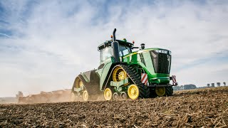The new John Deere 9RX series tractor at work (day time)